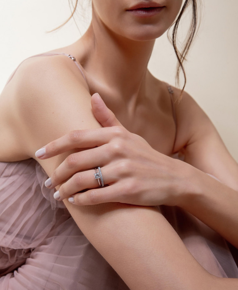 Bagues de fiançailles - diamants de synthèse et or recyclé - Courbet