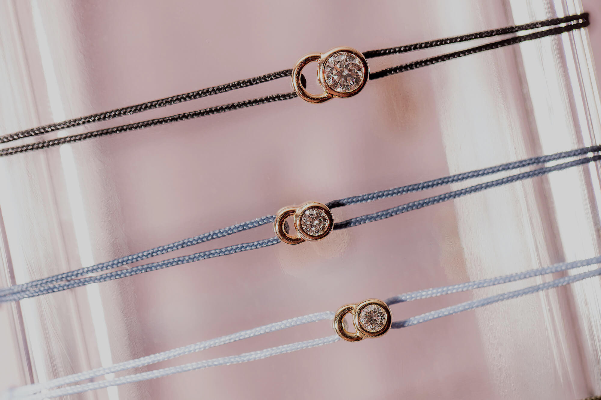 Collection Let's Commit en or jaune et diamants de synthèse - Courbet