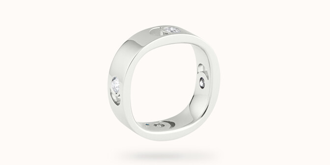 Bague Eclipse grand modèle - Or blanc 18K (7,80 g), 4 diamants 0,40 ct - Côté - Courbet
