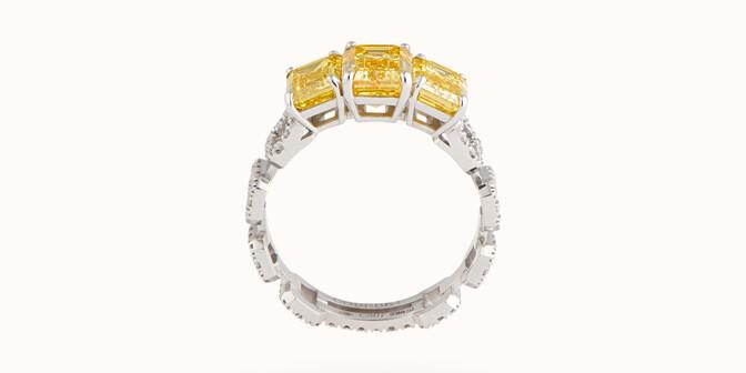 Bague Haute Joaillerie - Or blanc 18K (4,10 g), diamants jaunes et blancs 4,10 cts - Profil - Courbet