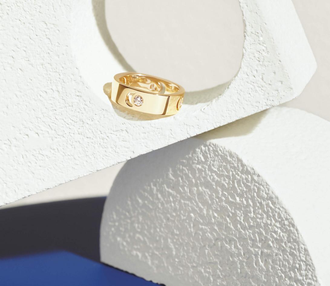 Bague Eclipse grand modèle - Or jaune 18K (7,80 g), diamant 0,10 ct - Vue 8