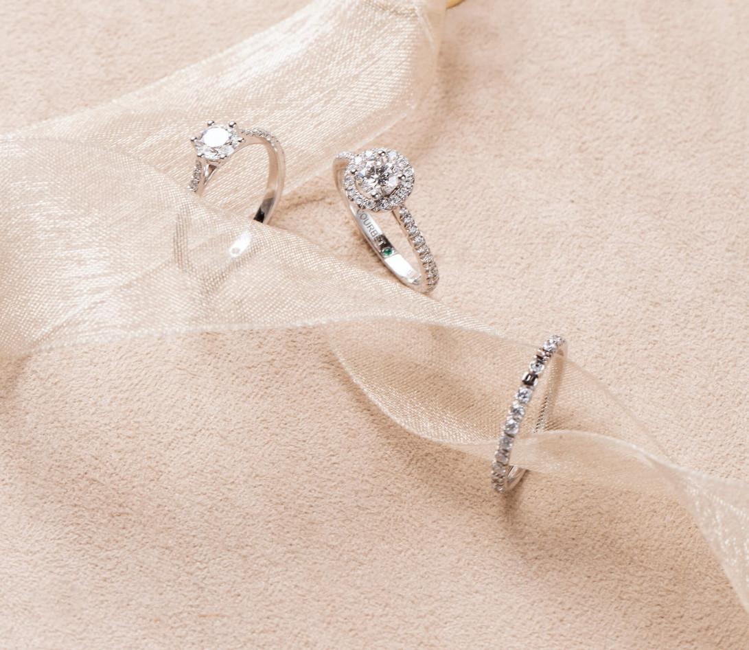 Alliance full-pavée (1,4 mm) - Or blanc 18K (1,00 g), diamants 0,20 ct- Porté 1