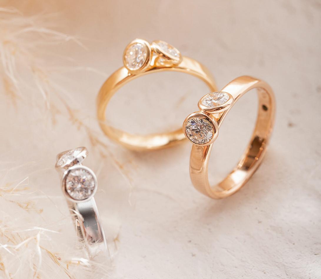 Bague 2 Courbet - Or blanc 18K (3,50g), 2 diamants 1ct - Vue 6