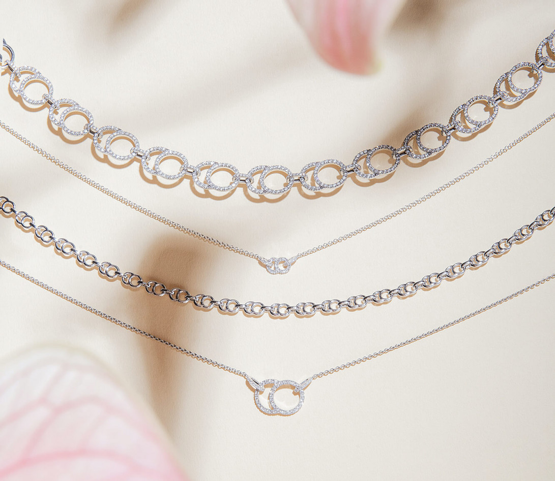 Collier - Or blanc 18K (5,00 g), diamants 0,39 cts - Vue 5